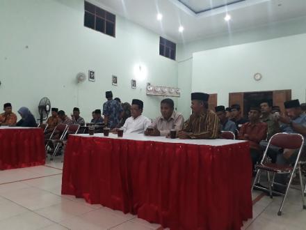 Selesai Tarawih Pemerintah Desa Bangunjiwo laksanakan Rakor Pemerintahan