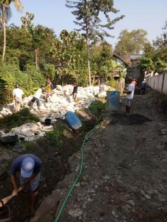 Padat Karya Infrastruktur berdayakan masyarakat Sembungan Bangunjiwo