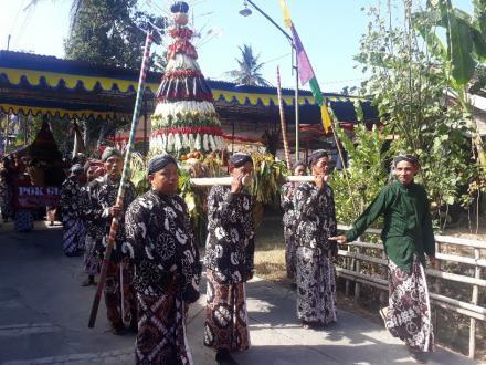 Merti Dusun Pedukuhan Donotirto Gelar Kirab Budaya Tahun 2019