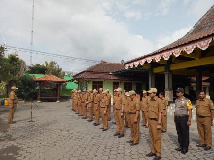 Apel Pagi Pamong Desa Bangunjiwo di penghujung tahun 2019