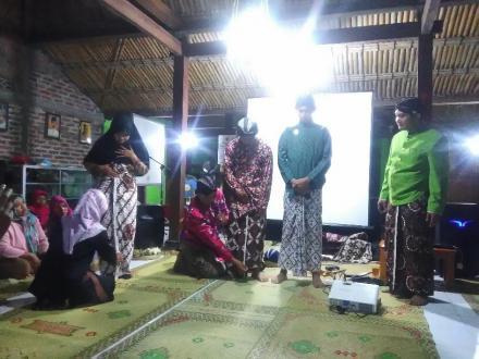 Mengupas Filosofi Pakaian Adat Jawa