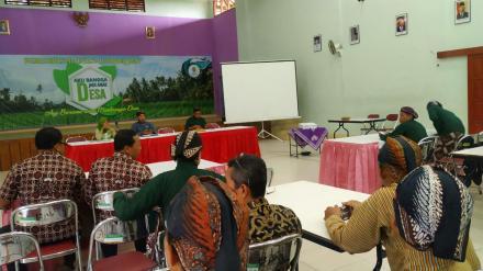Camat Kasihan beserta jajarannya sambangi Desa Bangujiwo bertajuk Kegiatan Pembinaan Pamong Desa