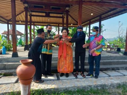 Even Pasar Barter Nusantara diselenggarakan di Kopi Sawah Kajigelem