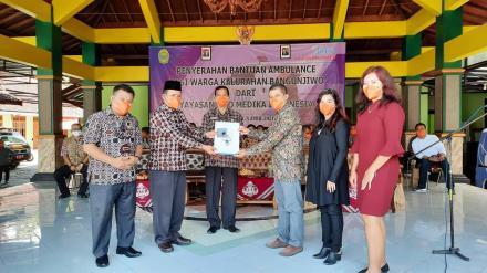 PT. Maesindo menyerahkan CSR berupa kendaraan Ambulance kepada Kalurahan Bangunjiwo